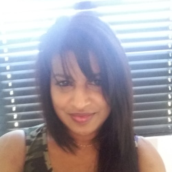Yogan is looking for singles for a date