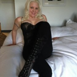 sexting  Mommygod in London