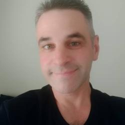 Chris (44)
