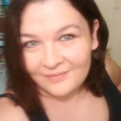 Brandy is looking for singles for a date