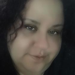 Josie (42)