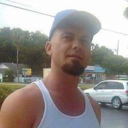 Mark, 38 from Florida