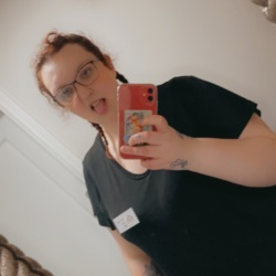 Amy is looking for singles for a date