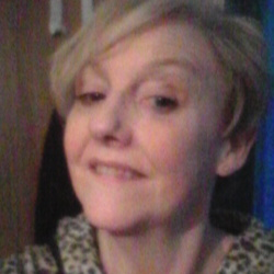 Netta is looking for singles for a date