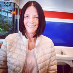 Denise is looking for singles for a date