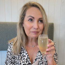 sexting  Diana in Westbury on Trym