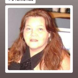 Danielle, 50 from Nova Scotia
