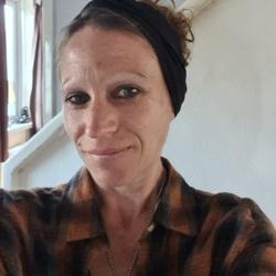 Katie (39)