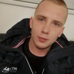 Maciek is looking for singles for a date