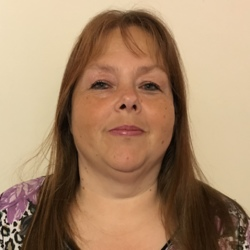 Lindsey (55)
