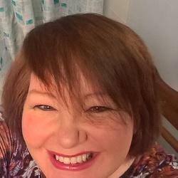 Sandra (56)
