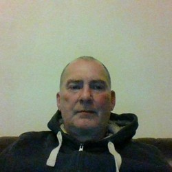 Dugald is looking for singles for a date