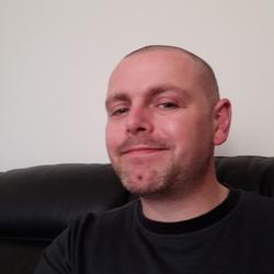 Matt (32)