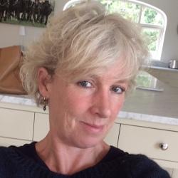 Philippa (53)