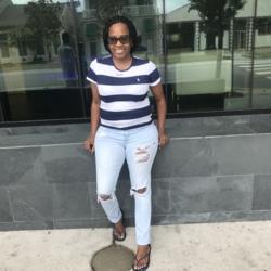 Tiesha (40)