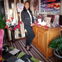 Liviah is looking for singles for a date