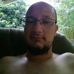Chris (36)