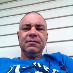 Robert, 46 from New Brunswick