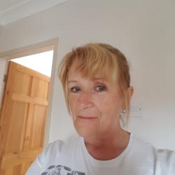 Julie (61)