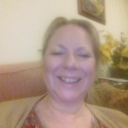 Amanda is looking for singles for a date