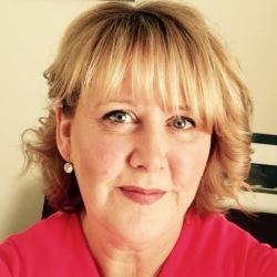 Lynda (50)