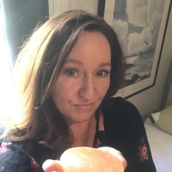 Vanessa, 52 from California