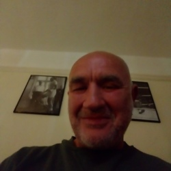 Denis is looking for singles for a date