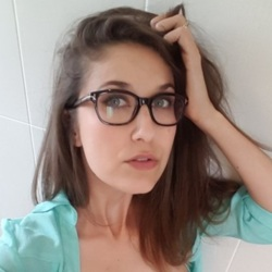 Natalie is looking for singles for a date