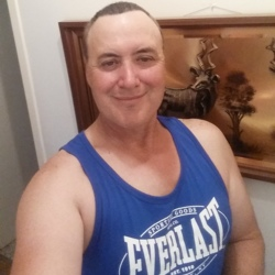 Roberto is looking for singles for a date