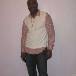 Delone is looking for singles for a date