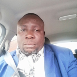 Olaniyi is looking for singles for a date