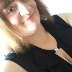 Donna (46)