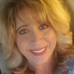 Tracy, 46 from Arizona