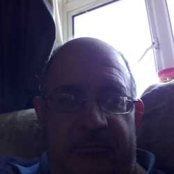 Shaun is looking for singles for a date