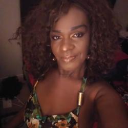 Priscilla, 53 from California