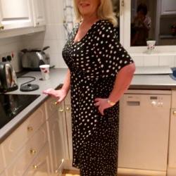 Joanne (57)
