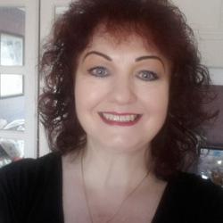 Anne (61)